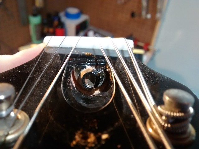 gibson qc on truss rod nuts the acoustic guitar forum. Black Bedroom Furniture Sets. Home Design Ideas