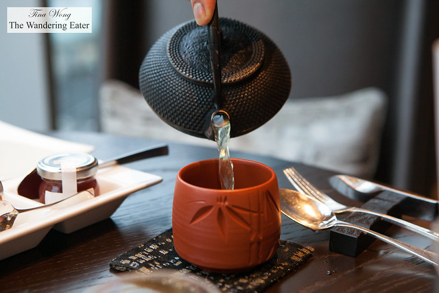 Pouring the Sencha tea