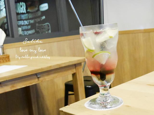 台北內湖東區好吃漢堡費尼餐廳 (21)