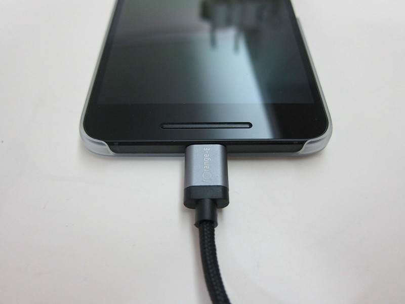 iOrange-E USB Type-C Cable - Black With Nexus 6P
