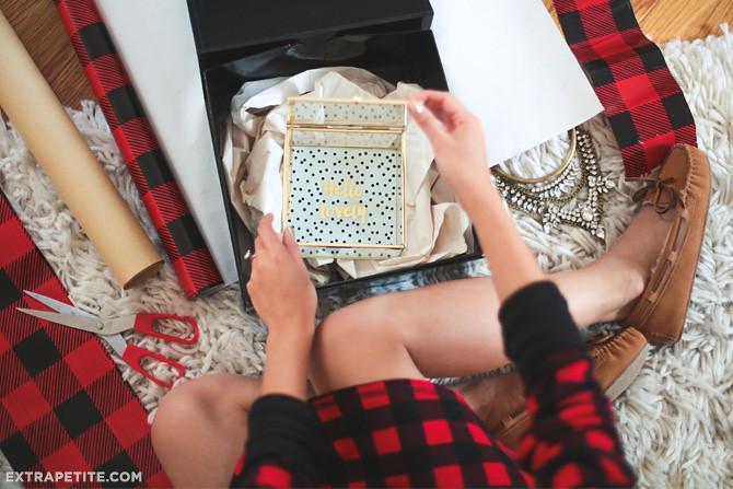 buffalo check gift wrapping paper minnetonka moccasin