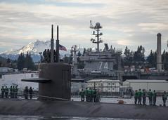 USS Olympia (SSN 717) approaches the pier at Naval Base Kitsap-Bremerton, Jan. 27. (U.S. Navy/MC1 Amanda R. Gray)