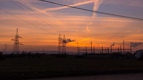 orlovača republikasrpska bosniaandherzegovina ba bosnia federacijabosneihercegovine herzegovina banjaluka бањалука rail railway train sunset dusk