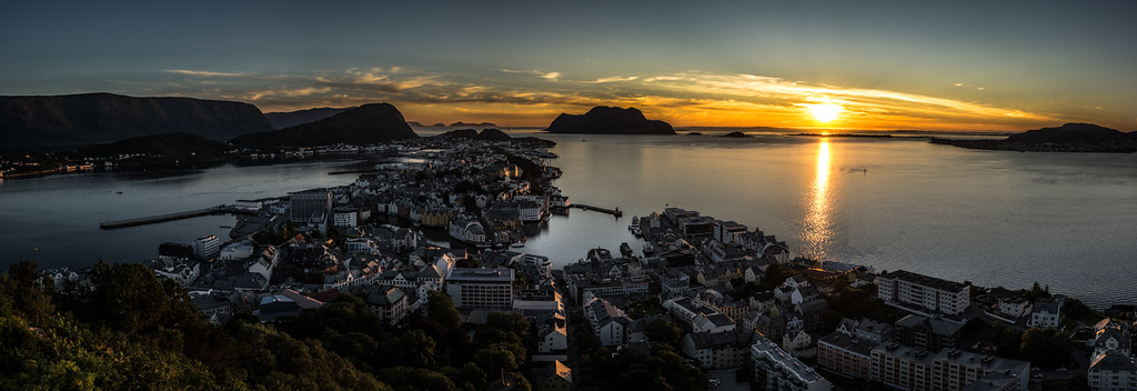 Sunset in Ålesund, Norway picture