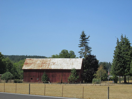 Red barn on Hwy 47