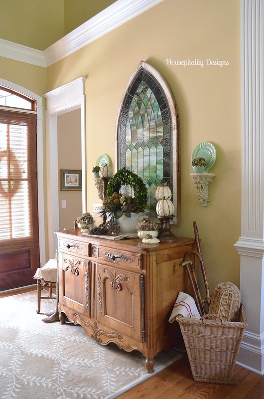 Fall Foyer - Housepitality Designs