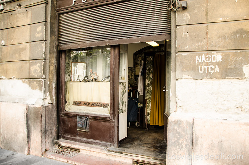 calles de Budapest comercio antiguo