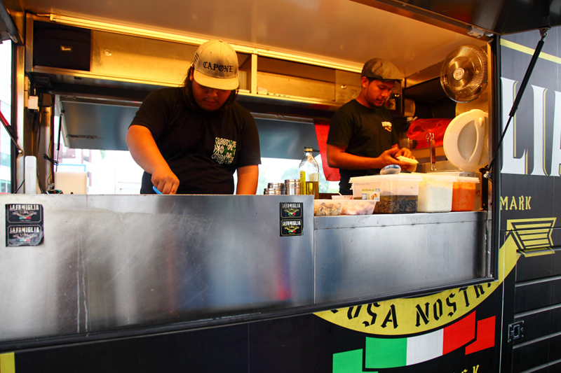 La-Famiglia-Pasta-Food-Truck-KL