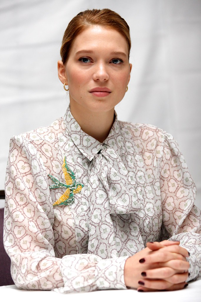 Леа Сейду — Пресс-конференция «007: СПЕКТР» 2015 – 17