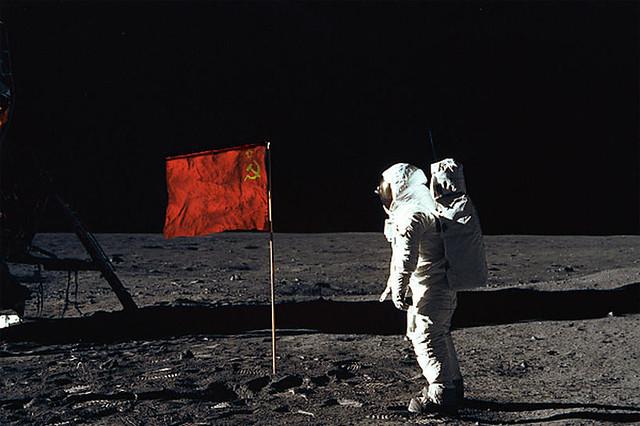 151027_RUS_Russian_Moon_landing