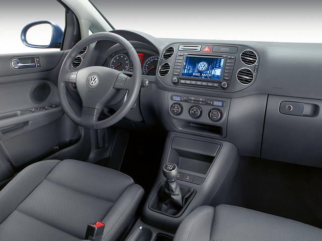 Салон Volkswagen Golf Plus. 2005 – 2009 годы