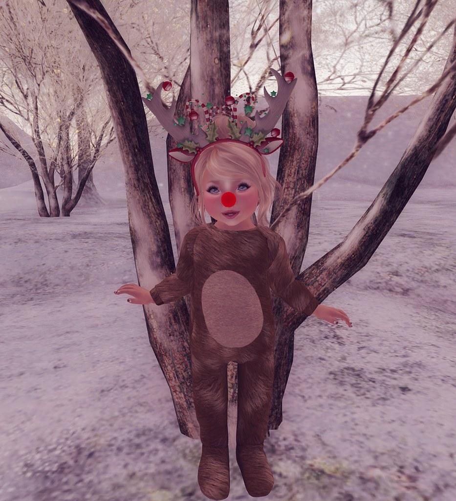 I'm a little deer!