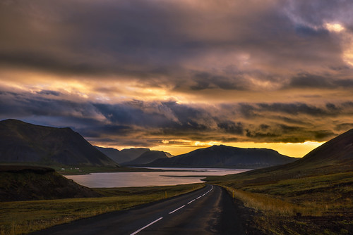 snaefellsnes iceland islande northerneurope europe europedunord scandinavia scandinavie paysage landscape cloudscape clouds reflections vastness immensity immensité beauty nature road sunset colorful summer sizuneye sizun nikond750 nikon d750 tamron2470mmf28 tamron 2470mm gettyimages