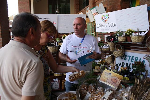 Casamassima- TRADIZIONE PUGLIESE AD EXPO (3)