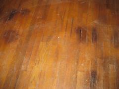 LR_floor_spots