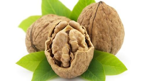 Перегородки волоських горіхів — проти йододефіциту