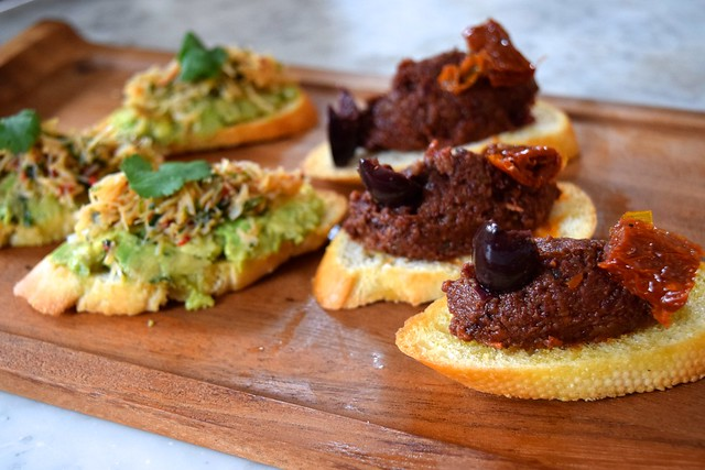 Crostini at No. 11 Pimlico Road, London | www.rachelphipps.com @rachelphipps