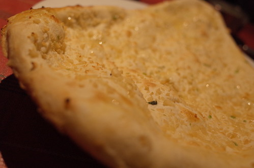 garlic flavoured naan