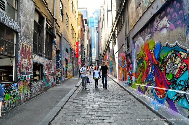 Tourists at Hosier Lane Melbourne