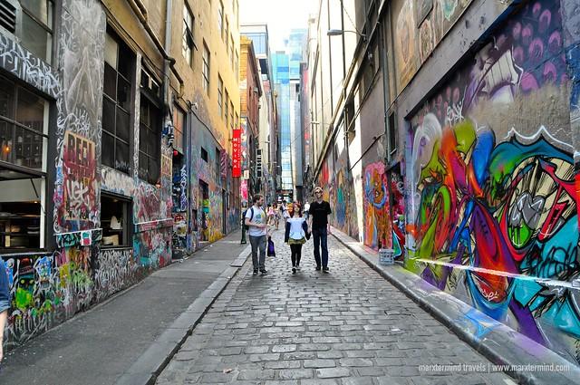 Tourists at Hosier Lane Melbourne