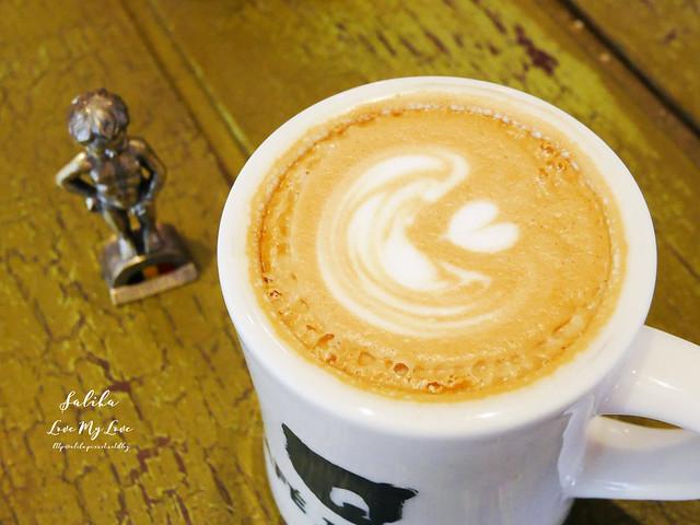 台北小巨蛋站附近咖啡館餐廳小破爛咖啡CAFE JUNKIES (22)