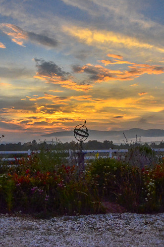 theredhorseinn blueridgemountains sundial sunset romanticview greenville sc landrum