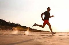 Vyhněte se zbytečným bolestem při běhání. Investujte do zdraví