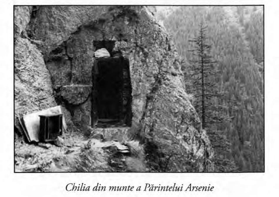 chilia de piatra a Fericitului Arsenie Boca