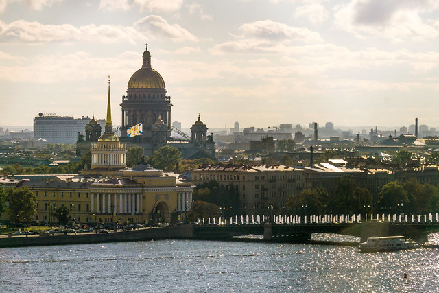 Saint Petersburg, Russia Travel Guide by CC user fruitsofkarma on Flickr