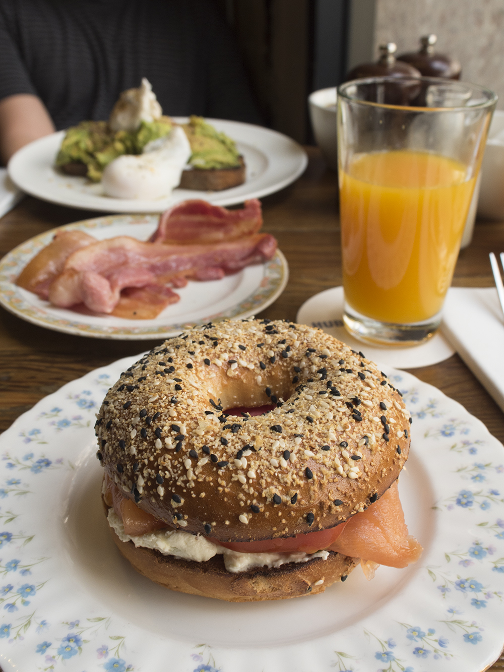 everything-bagel-smoked-salmon-brunch