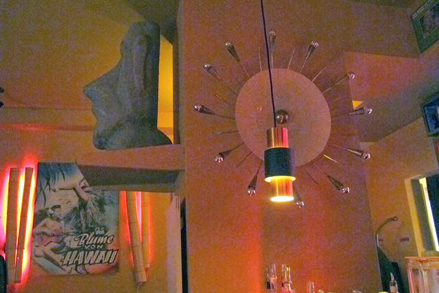 Atomic clock at Die Blume von Hawaii
