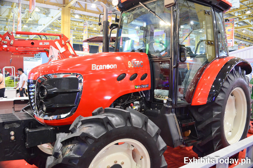 Red Branson 9550C Tractor