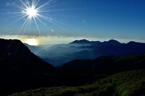 能高越嶺步道-奇萊山南峰日出