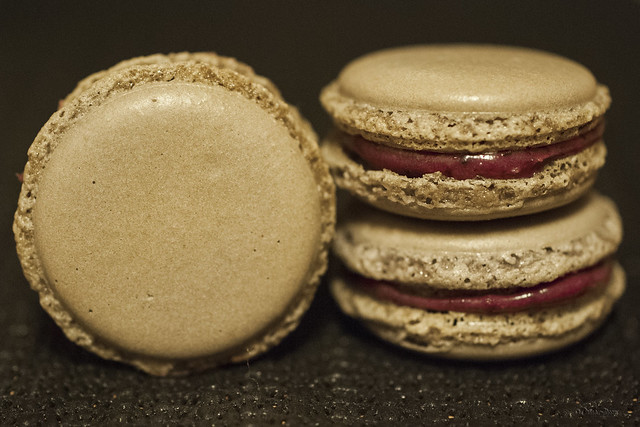 Black currant macarons