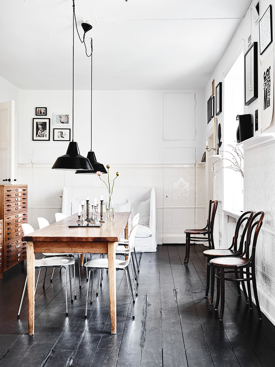 White Walls, Dark Floors Scandinavian Home Design 2016 Ideas