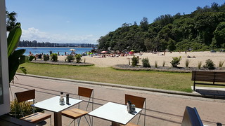 Imagem de North Steyne Beach perto de Northern Beaches. ocean sea summer beach bar restaurant cafe sand pacific manly sydney samsung australia bluesky pacificocean southpacific nsw newsouthwales boathouse shellybeach lekiosk cabbagetreebay galaxynote5 n9208