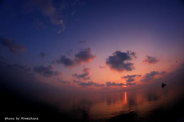 そんなこんなで4日目の朝。この日も相変わらずの綺麗な朝日♪