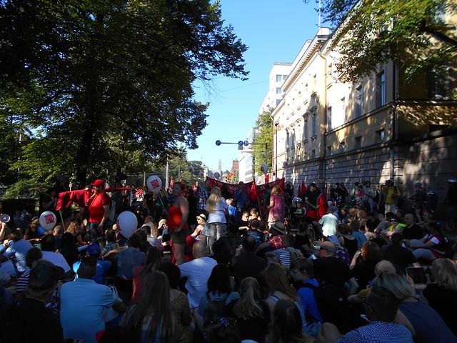 Mielenosoitus Helsingissä hallituksen leikkauspolitiikkaa vastaan 22.8.2015 - 13