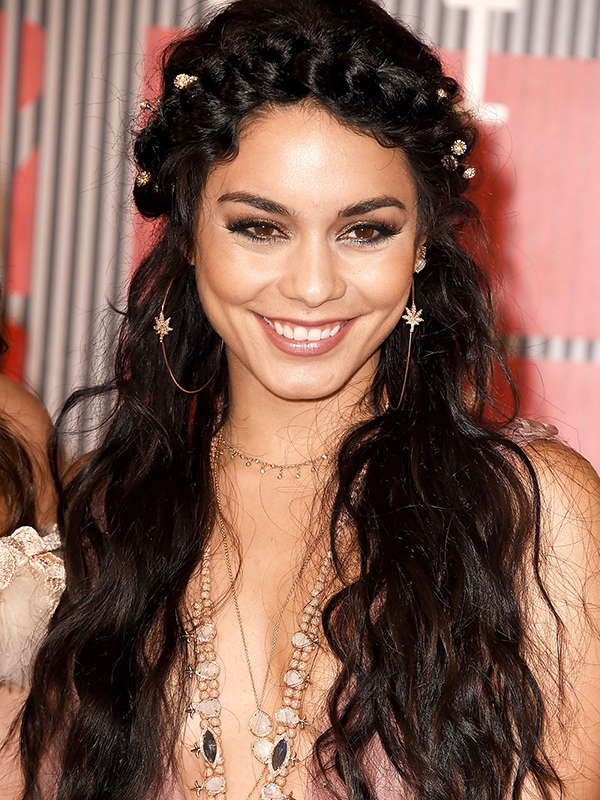 Vanessa Hudgens VMA 2015 Hair and Makeup