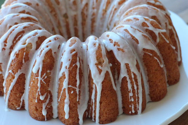 Vanilla Bean Bundt with Strawberries