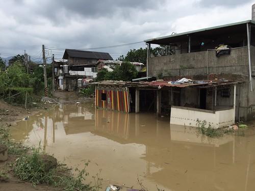 20150811溪洲部落蘇迪勒風災後清理家園(攝影:林佳禾)