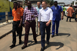 Grant Shapps visits families who use solar-powered electricity