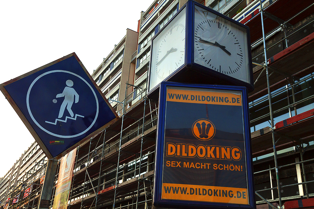 DILDOKING--Berlin