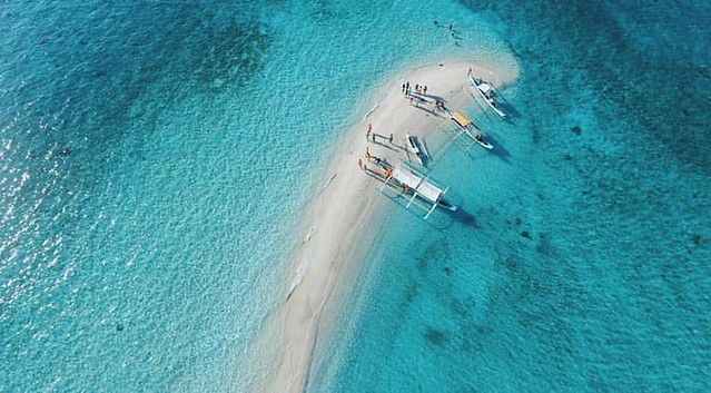tunning White Sand Vanishing Island In The Philippines - Palad Sandbar In Marinduque