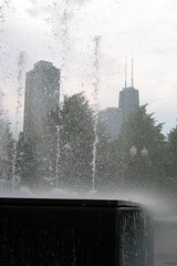 Chicago - Near North Side: Navy Pier - Gateway Park Fountain - John Hancock Center
