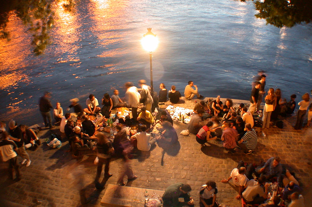 Live in Paris with a Picnic by Seine