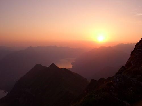 nature sunrise switzerland morgenberghorn