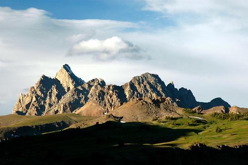 light mountain clouds geotagged shadows moo wyoming grandteton grandtetonnationalpark tetoncresttrail geo:lat=43664216 geo:lon=110894306