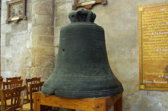 musical instrument(0.0), carillon(1.0), ancient history(1.0), church bell(1.0), bell(1.0),
