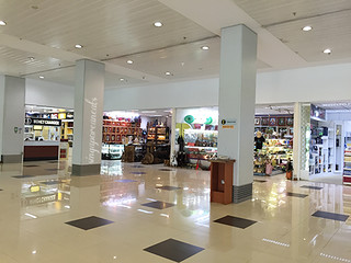 07 Yangon Airport 2nd Level Shops